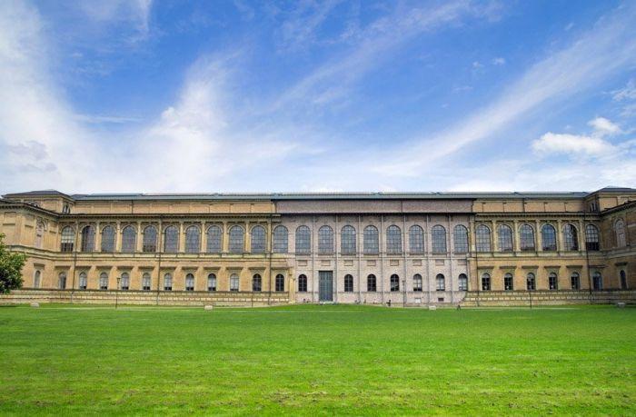 fachada-pinacoteca-antiga