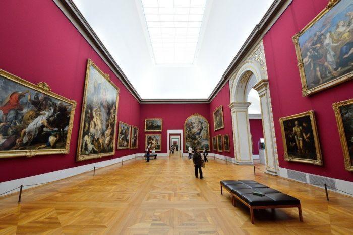 interior-pinacoteca-antiga
