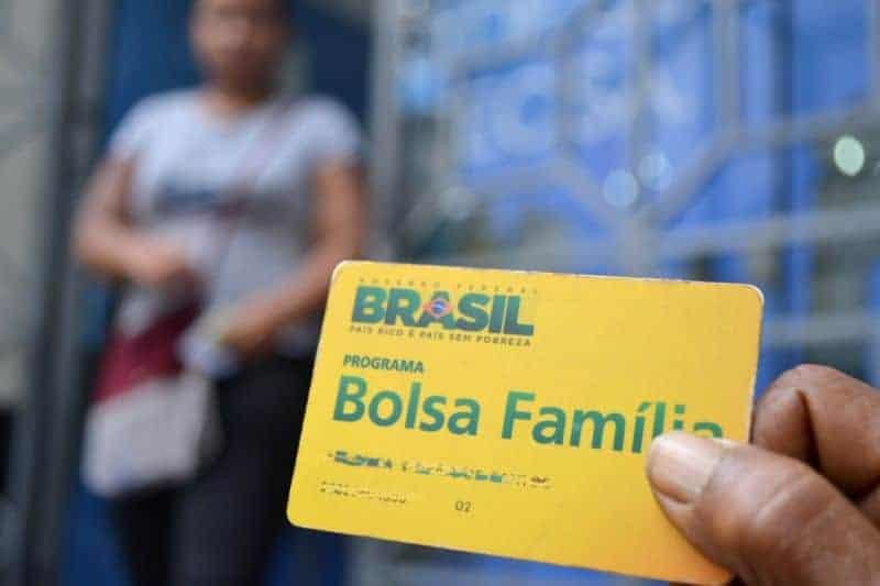 Governo Federal prorroga suspensão de revisões do Bolsa Família