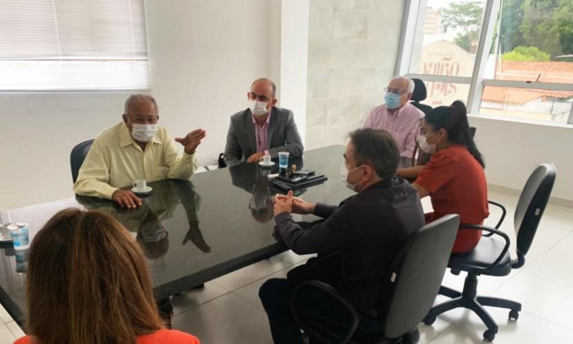 Prefeitura de Teresina revisará contratos de imóveis alugados para o município