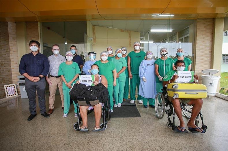 Mais três pacientes de Manaus recebem alta médica em Teresina