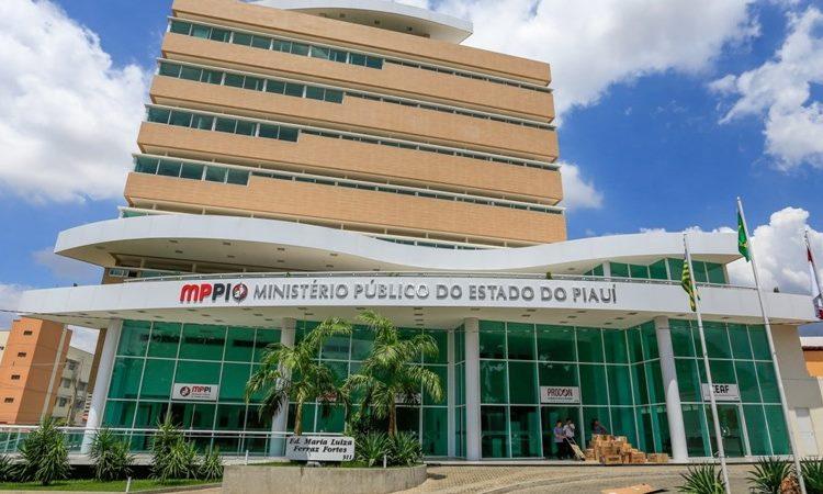 MP entra com ação contra o ex-prefeito para o ressarcir mais de R$ 2 milhões