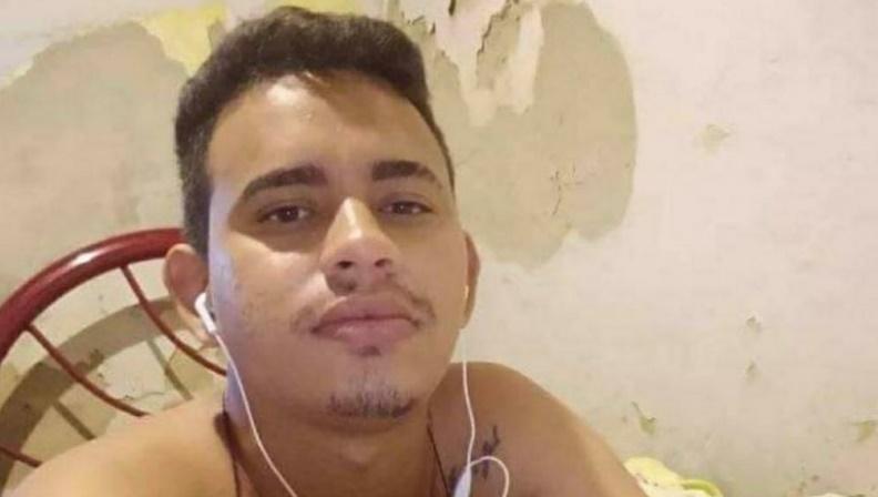 Jovem morre após empinar motocicleta no Norte do Piauí
