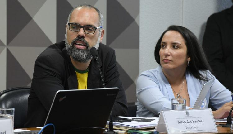 YouTube retira do ar canal do bolsonarista Allan dos Santos, o 'Terça Livre'