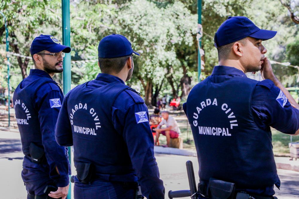 Idoso ameaçar guardas municipais com facão e acaba sendo baleado em Teresina