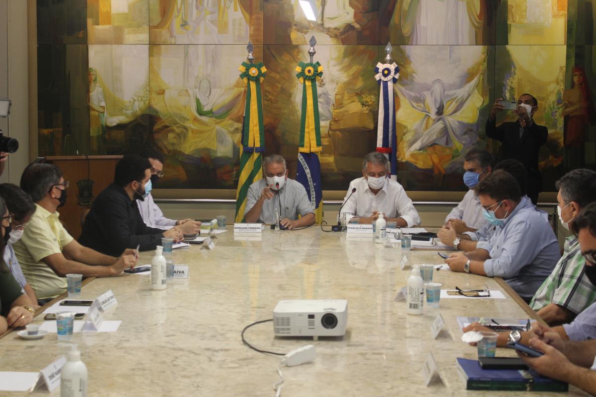 Construção civil se reúne com Comissão de Desburocratização da Prefeitura