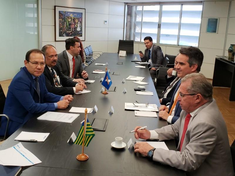 Deputados piauienses foram à Brasília pedir liberação de empréstimo para o Governo