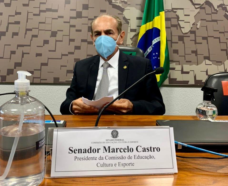 Marcelo Castro é eleito presidente da Comissão de Educação do Senado