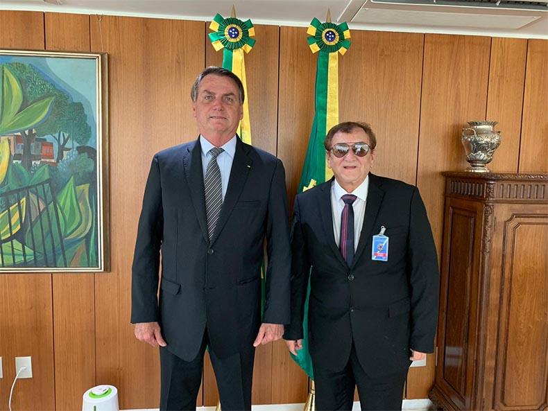 Em live, Bolsonaro anuncia visita a Parnaíba nesta sexta-feira (26)