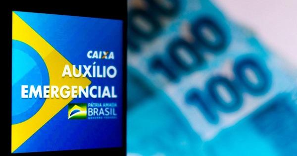 Segundo Jair Bolsonaro, novo auxílio vai pagar 4 parcelas de R$ 250