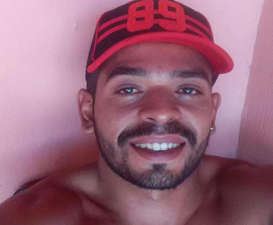 Jovem de 26 anos é executado a tiros no município de Parnaíba