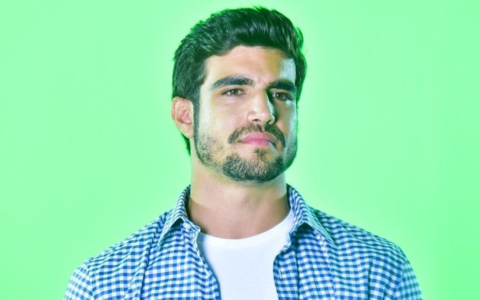 Caio Castro nega rumores de que irá apresentar 'A Fazenda'