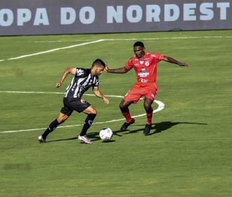 Com falta de criatividade, Botafogo-PB e 4 de Julho empatam sem gols