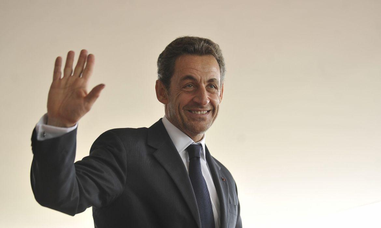 Ex-presidente francês Sarkozy é condenado à prisão por corrupção