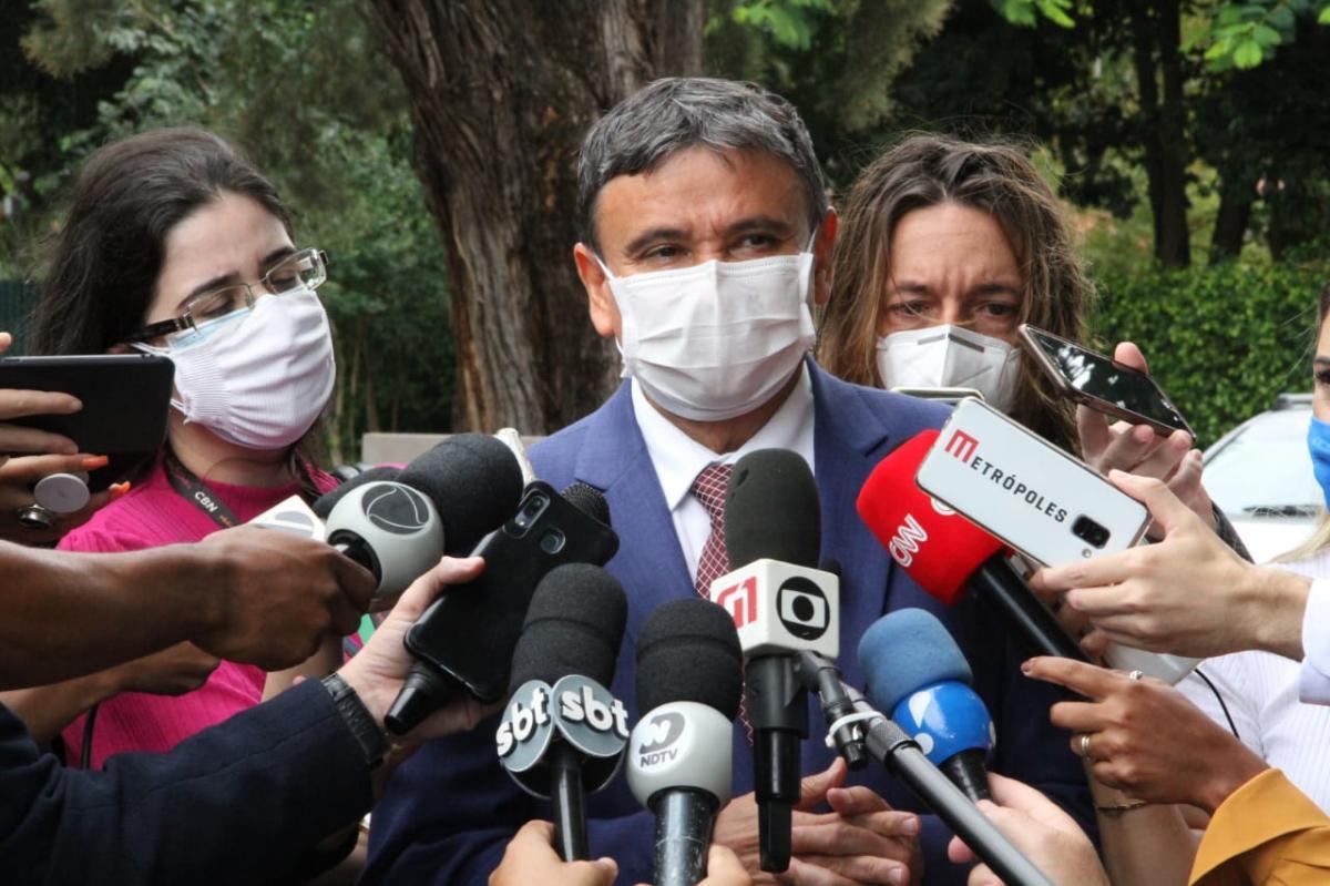 Wellington Dias lamenta veto a lei que autorizava Estados a comprar vacinas