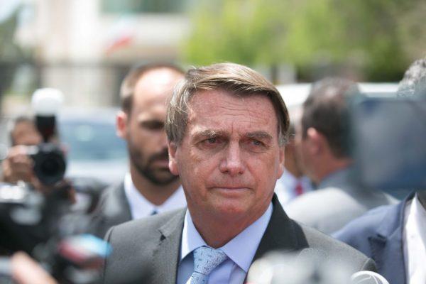 """""""Não temos dinheiro em caixa"""", diz Bolsonaro sobre auxílio emergencial"""