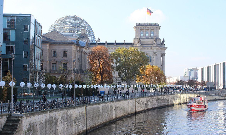 Testes rápidos vendidos em supermercado acabam no 1º dia na Alemanha