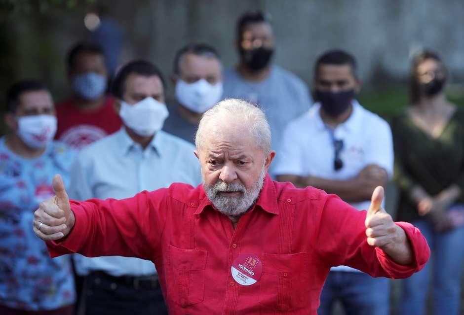 Lula fala em entrevista coletiva; acompanhe pronunciamento