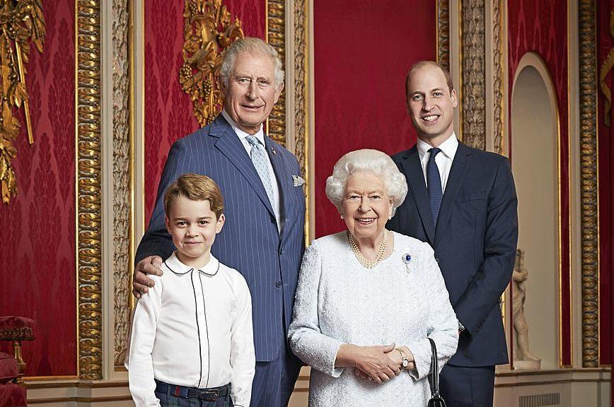"""Príncipe William rebate entrevista de Harry e Meghan: """"Não somos racistas"""""""