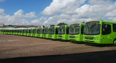Strans anuncia redução de 50% da fota de ônibus nesta segunda-feira em Teresina