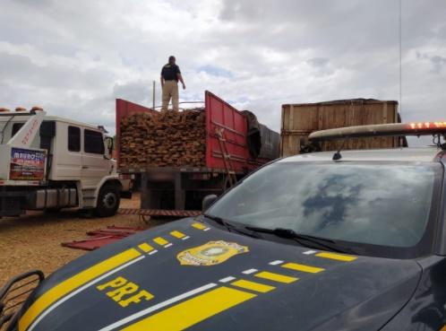Dois motoristas são presos com carregamentos de madeira ilegal na BR 135 no Sul do PI