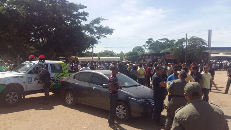 Motoristas de aplicativos recuam, mas terminal de petróleo de Teresina segue bloqueado