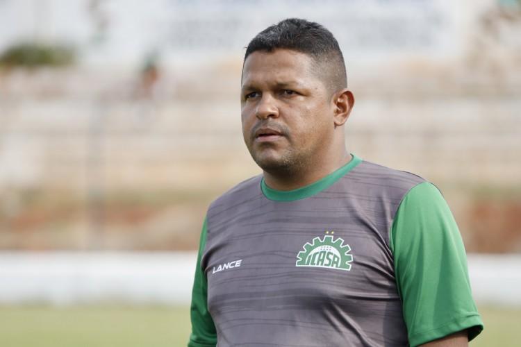 Picos anuncia Washington Luiz como novo técnico após demissão de Adelmo Soares