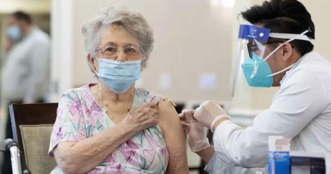 Começa hoje a vacinação contra a covid para idosos de 70 anos em Teresina