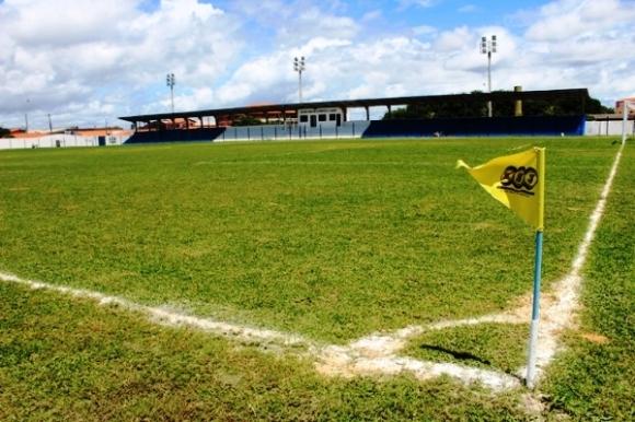 Federação de Futebol adia partida entre Parnahyba e Tiradentes no piauiense