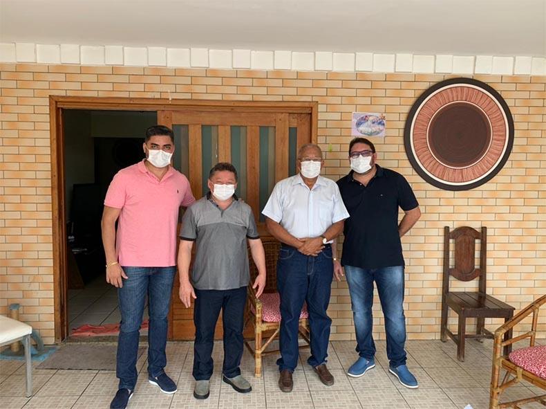 Prefeito de Teresina acerta instalação de usinas de oxigênio após risco de desabastecimento
