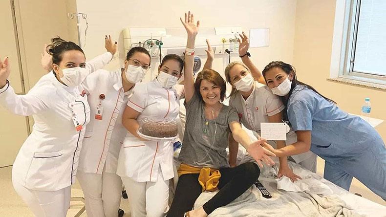 Influenciadora Ana Paula Massolin morre após oito anos de luta contra câncer