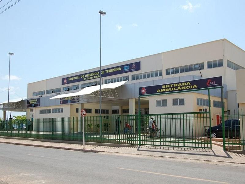 HUT: Enfermeiros entregam escalas de plantão por corte de gratificação
