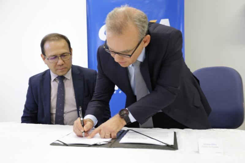 Prefeito de Teresina assina convênio de milionário com a Caixa para obras de mobilidade