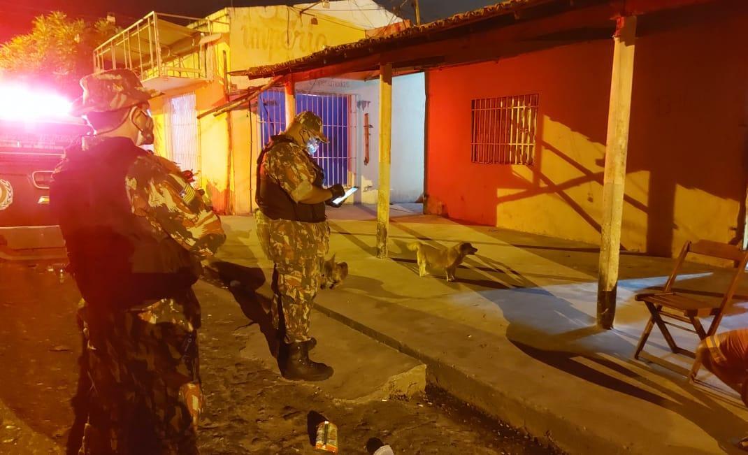 Operação Candeeiro: PM fiscaliza 32 estabelecimentos em Teresina
