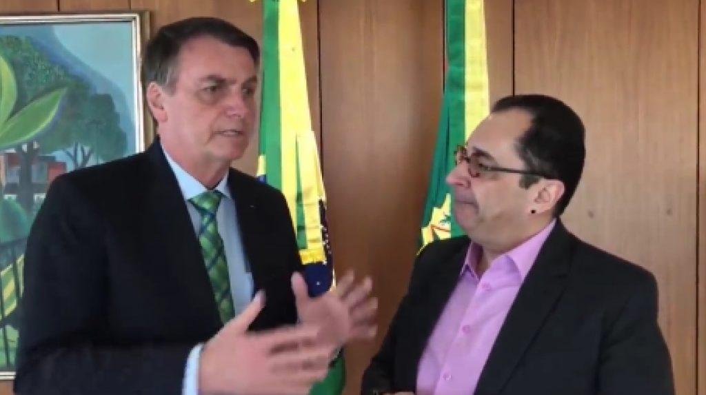 Bolsonaro sugere impeachment de ministros e tenta se blindar da CPI da Covid