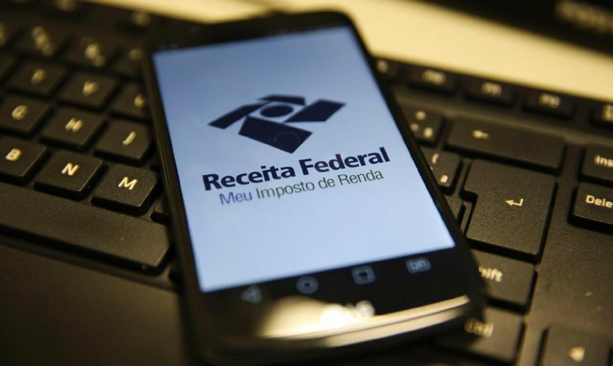 Receita Federal adia prazo para envio da declaração de imposto de renda