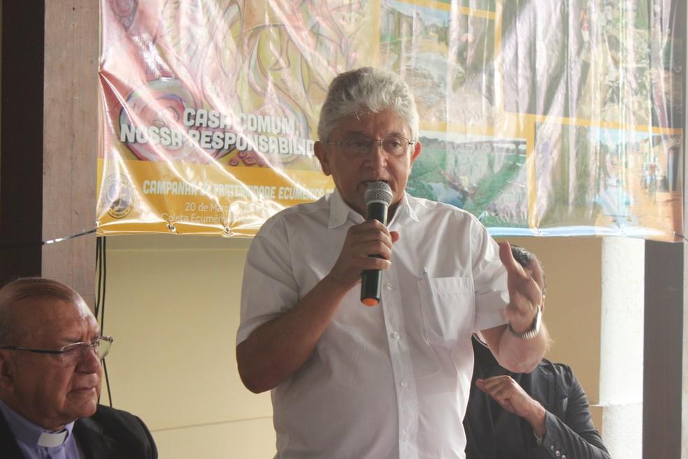 Padre Tony Batista é internado para tratamento da Covid-19
