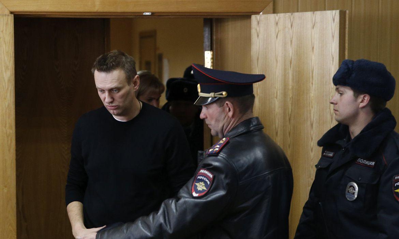Em greve de fome, opositor russo Navalny será transferido a hospital