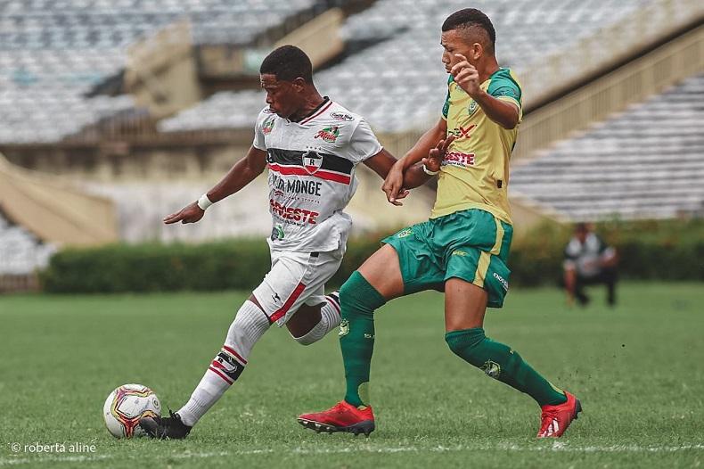 River vence o Picos e reassume liderança do campeonato Piauiense
