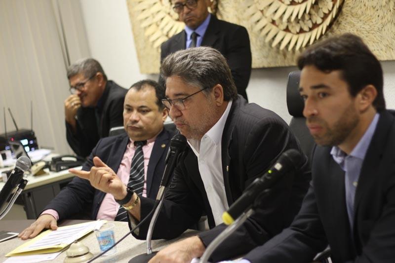Oposição derruba projeto para venda de imóveis do Governo do Estado