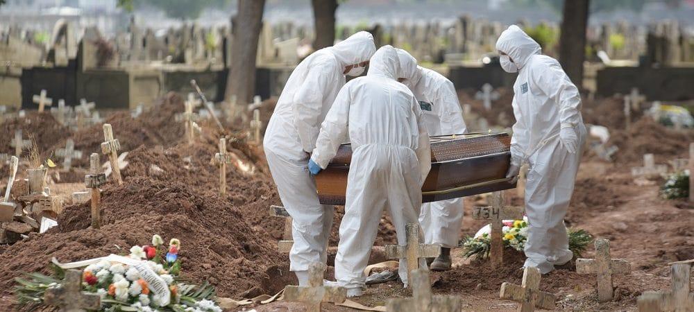 Covid-19: Mortes entre 20 e 29 anos crescem mais de 1000% em abril, diz Fiocruz
