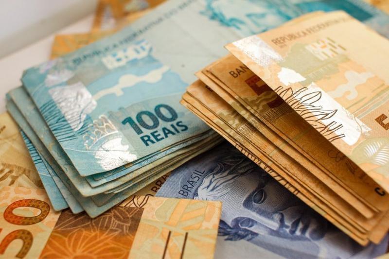 Governo reduz o salário mínimo previsto para 2019