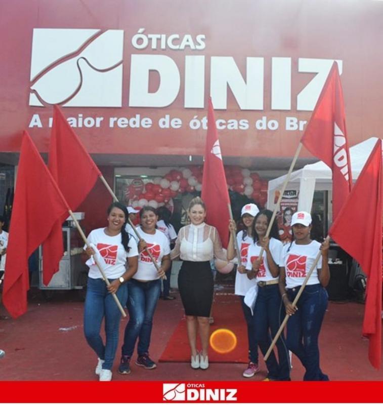 Óticas Diniz apoiam cultura popular nordestina e marcam presença na Cidade Junina