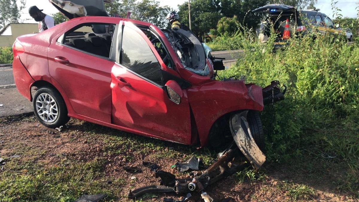 Motorista morre após colidir frontalmente contra carreta na BR-343 em Parnaíba