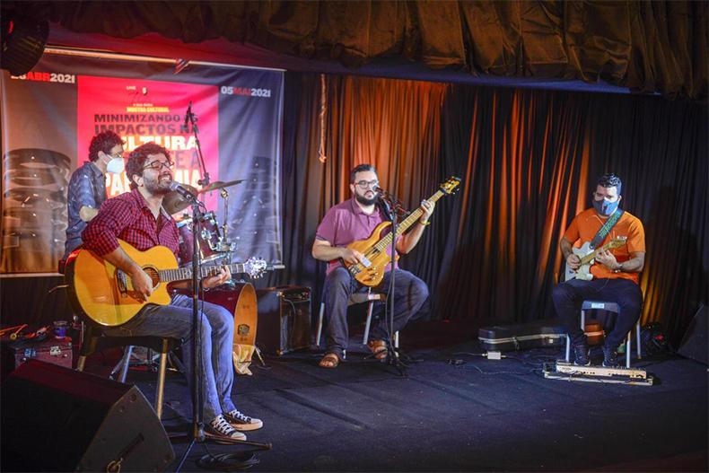 Artistas piauienses fazem 2ª live e lançam CD nesta quarta; confira