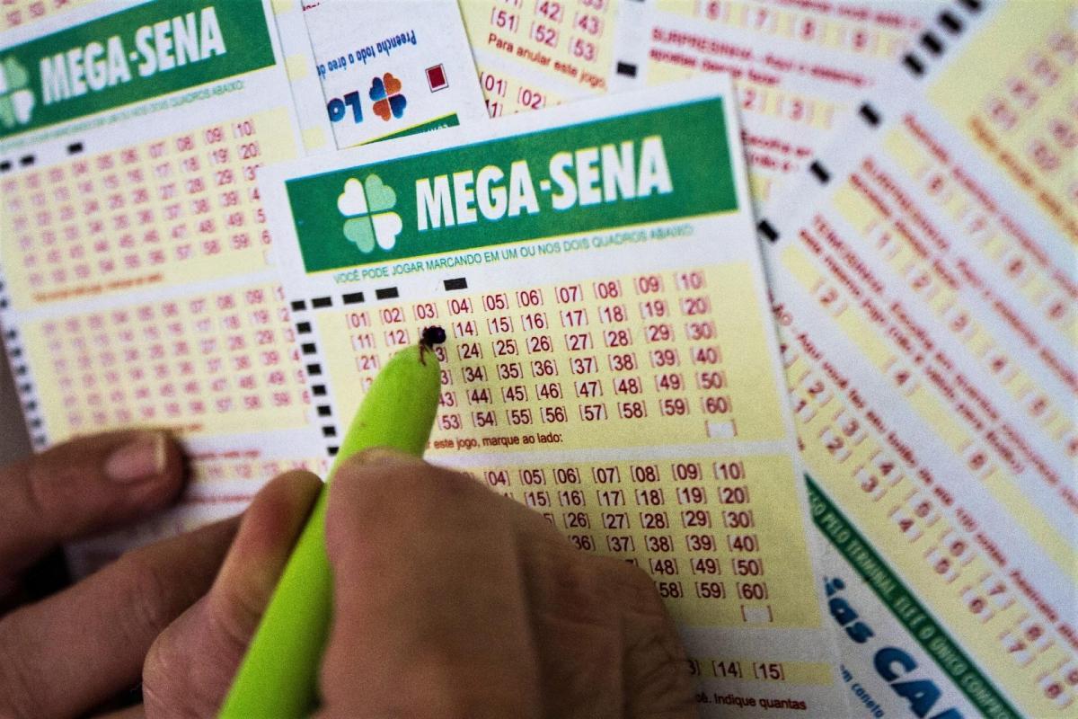 Mega-Sena acumula e deve pagar R$ 27 milhões no próximo sorteio