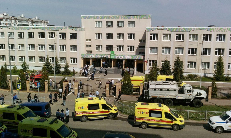 Tiroteio deixa pelo menos 11 mortos e 30 feridos em escola na Rússia