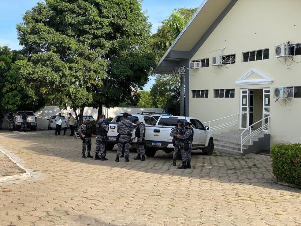 Polícia realiza operação e prende membros de facções criminosas em Teresina