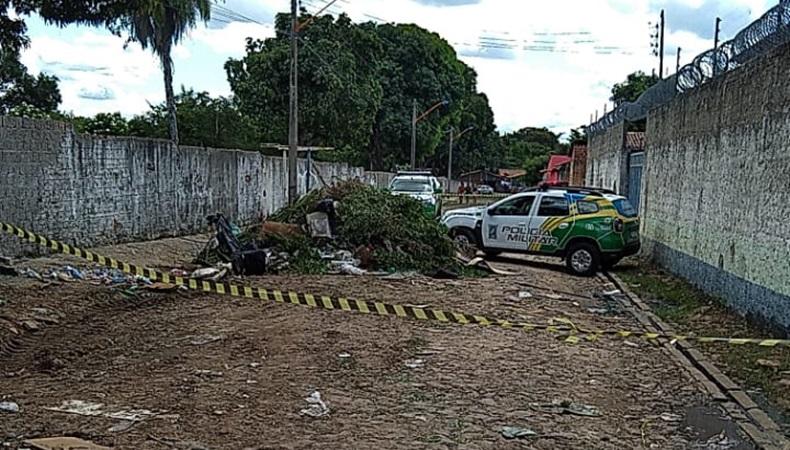 Corpo de homem é encontrado no meio do lixo ao lado de cemitério no Buenos Aires