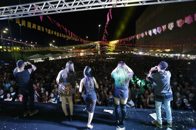 Confira as atrações culturais da abertura do Cidade Junina neste sábado (9)